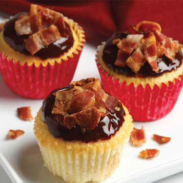 PEANUT BUTTER BACON CUPCAKES