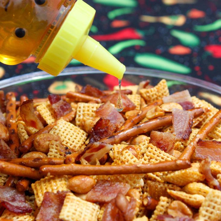 sweet-heat-snack-mix
